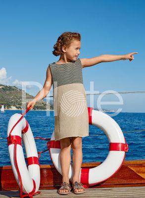 Dievčenské pletené šaty